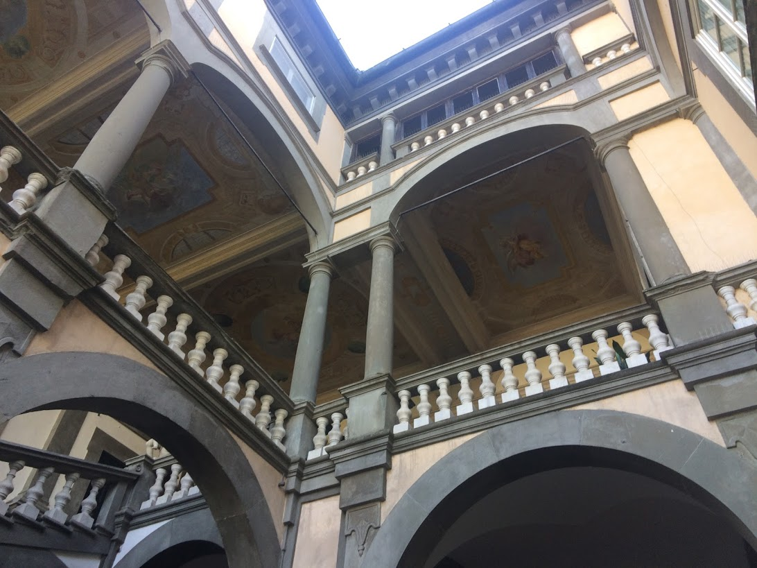 Lucca's mansions