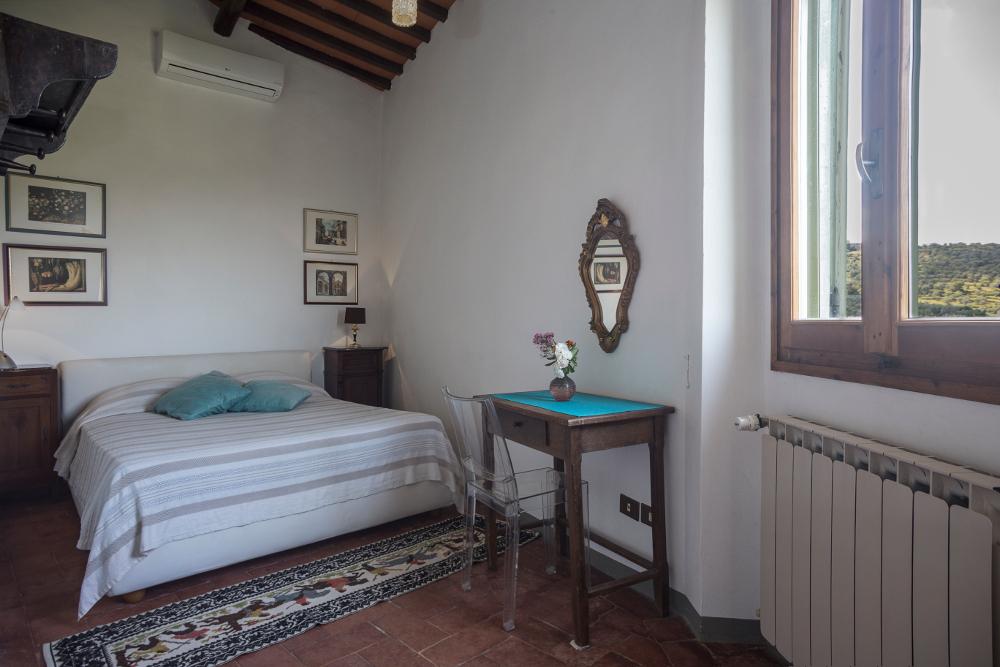 Doppelzimmer mit Holzbalken