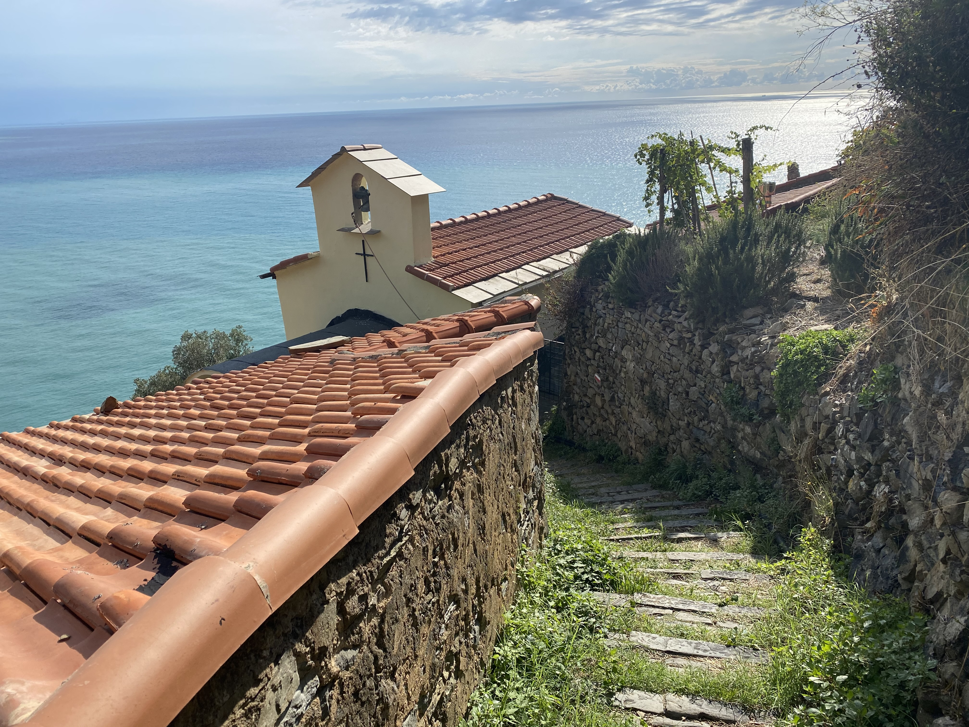 iglesia en Schiara, Liguria