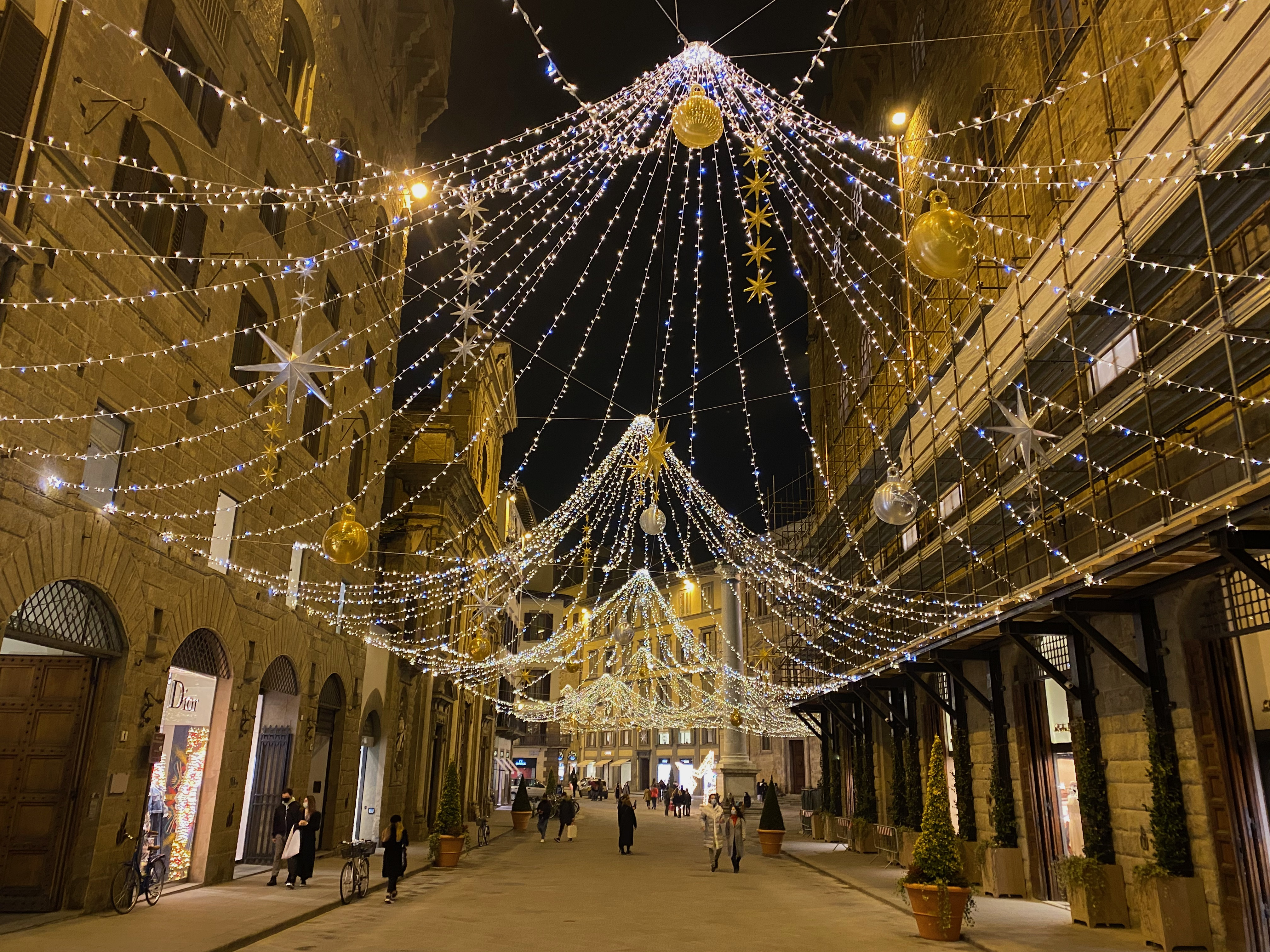 Via Tornabuoni with Christmas decorations